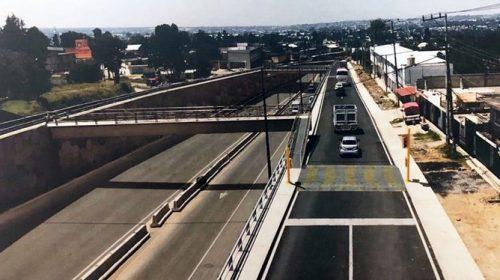 Trabaja Secoduvi en puente peatonal de la carretera Tlaxcala-Apizaco