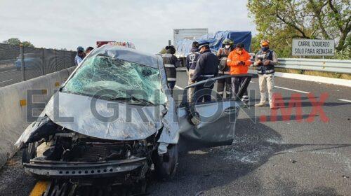 Volcadura deja un lesionado en Libramiento Tlaxcala